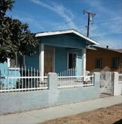 5621 Everett Ave, Maywood, CA 90270 - #: P11142V
