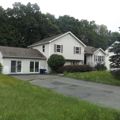 25 Ramblewood Dr, Newburgh Town, NY 12550 - #: P111OCX