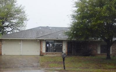 312 Montford Ct, Benbrook, TX 76126 - #: P111YGW