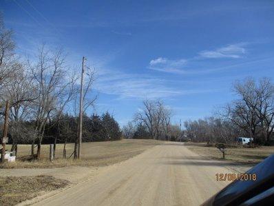 7104 Pony Acres Dr, Hutchinson, KS 67501 - #: P112AEO