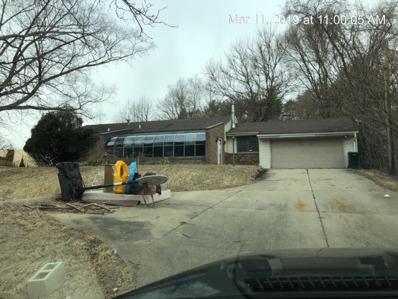 21885 Auten Rd, South Bend, IN 46628 - #: P112DS5
