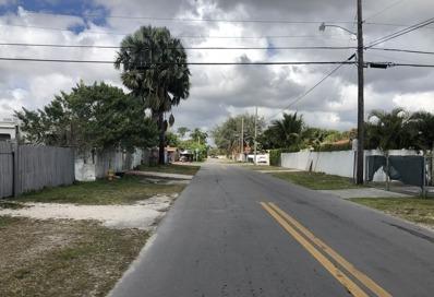 3301 Nw 96 St, Miami, FL 33147 - #: P112E0M